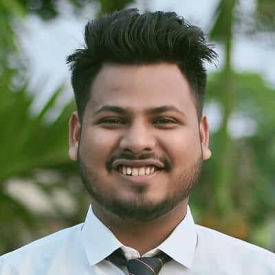 Ein Python Freelancer der Software entwickelt